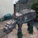Una replica in chiave steampunk di un AT-AT
