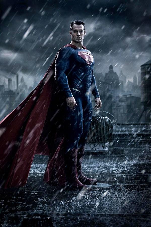 Superman-batman-v-superman (600 x 899)