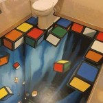 Un bagno surreale a tema Rubik