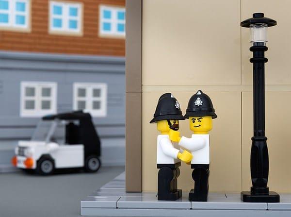 banksy-policemen