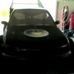Una vecchia Micra diventa la nuova Batmobile