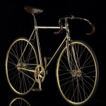 Una bici da corsa ricoperta d'oro da 80.000 Euro