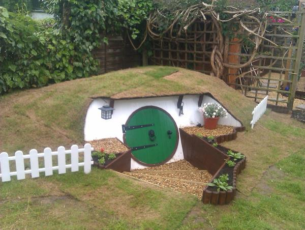 casa-hobbit-giardino2