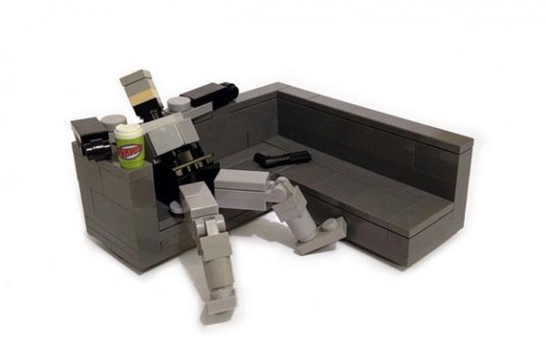 divano-lego-robocop