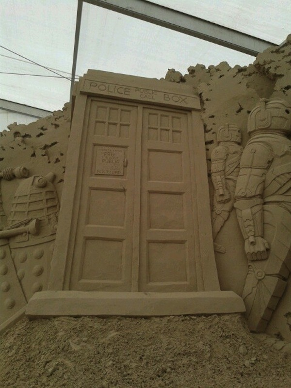 doctor-who-spiaggia