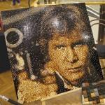 Un ritratto di Han Solo fatto con 20.000 mattoncini LEGO