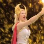 Kylie Minogue diventa She-Ra per un video
