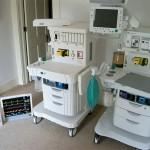Macchina per l'anestesia riprodotta mattoncino su mattoncino
