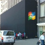 Logo Windows su Apple Store in apertura [Video]