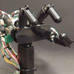 La mano robotica super veloce [Video]