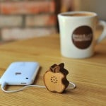 Mini speaker in legno per i device Apple