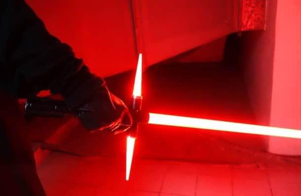 nuova-spada-laser-sith-2