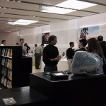 2001: Steve Jobs presenta il primo Apple Store [Video]