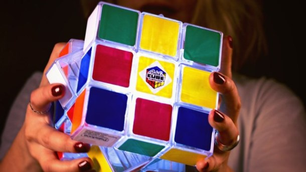 rubiks-cube-light-2