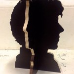 Lo sgabello artigianale dedicato a Sherlock