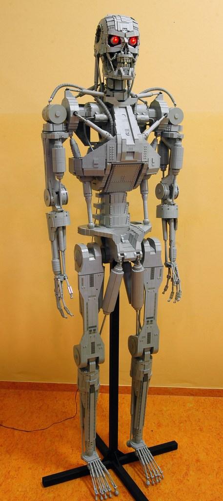 terminator-lego2 (457 x 1024)