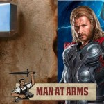 Man at Arms forgia Mjolnir, il martello di Thor